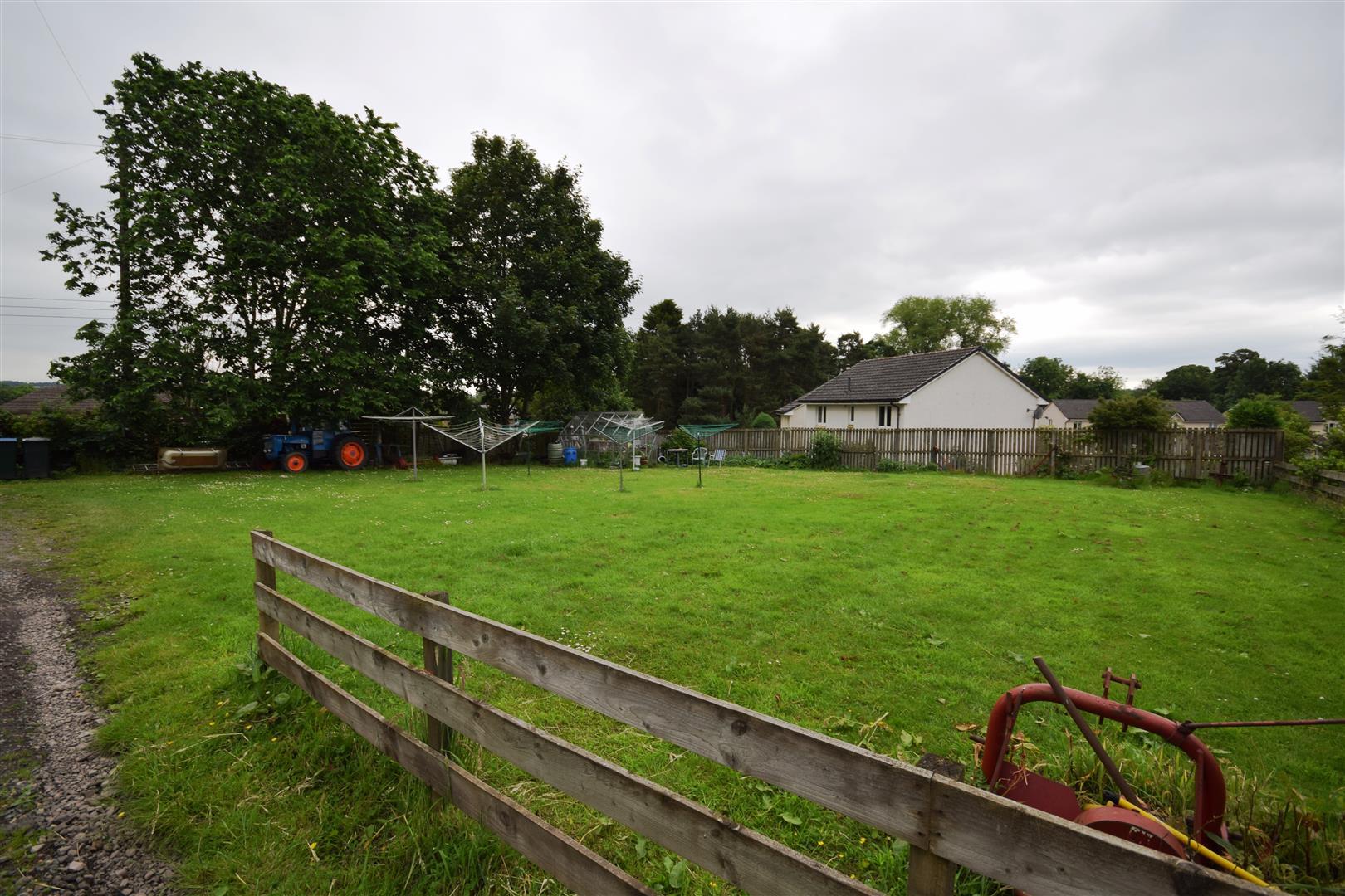 6, Trinity, Luncarty, Perthshire, PH1 3ET, UK